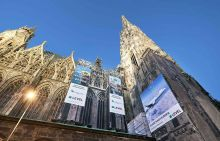 LEVEL am Wiener Stephansdom mit MEGABOARD