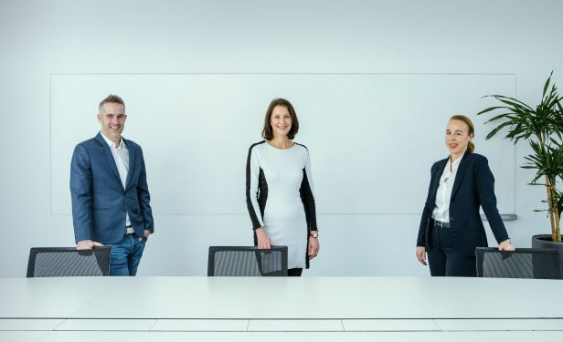 Das neue Führungsteam rund um Gewista CSO Andrea Groh. v.l.n.r.: Philip Haubner (Head of Marketing), Andrea Groh (CSO) und Theresa Sternbach (Head of Sales)