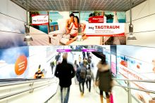 Austrian Airlines: Punktlandung auf der Ferienmesse via Out of Home