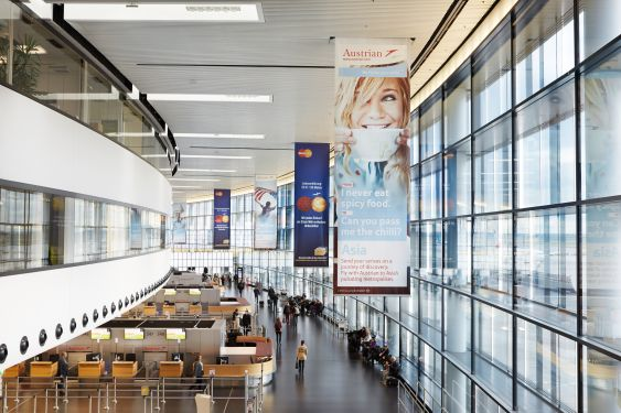 Banner T3 Check in; Foto: Airport-MEDIA